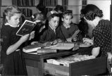Children visiting the Elmwood Park Public Library