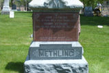 John and Minnie Methling Grave Marker 002
