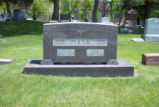 Louisa Witt Hank and Jacob J. Hank Grave Marker 002